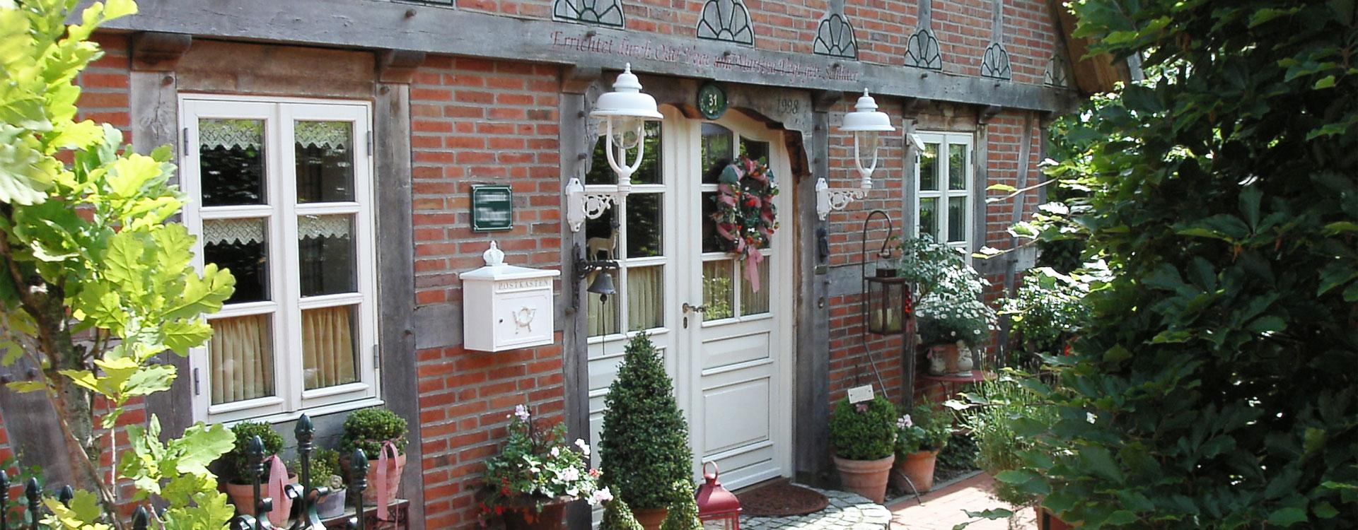 fachwerk gartenhaus selber bauen excellent fr gartenhaus gewchshaus und with fachwerk. Black Bedroom Furniture Sets. Home Design Ideas